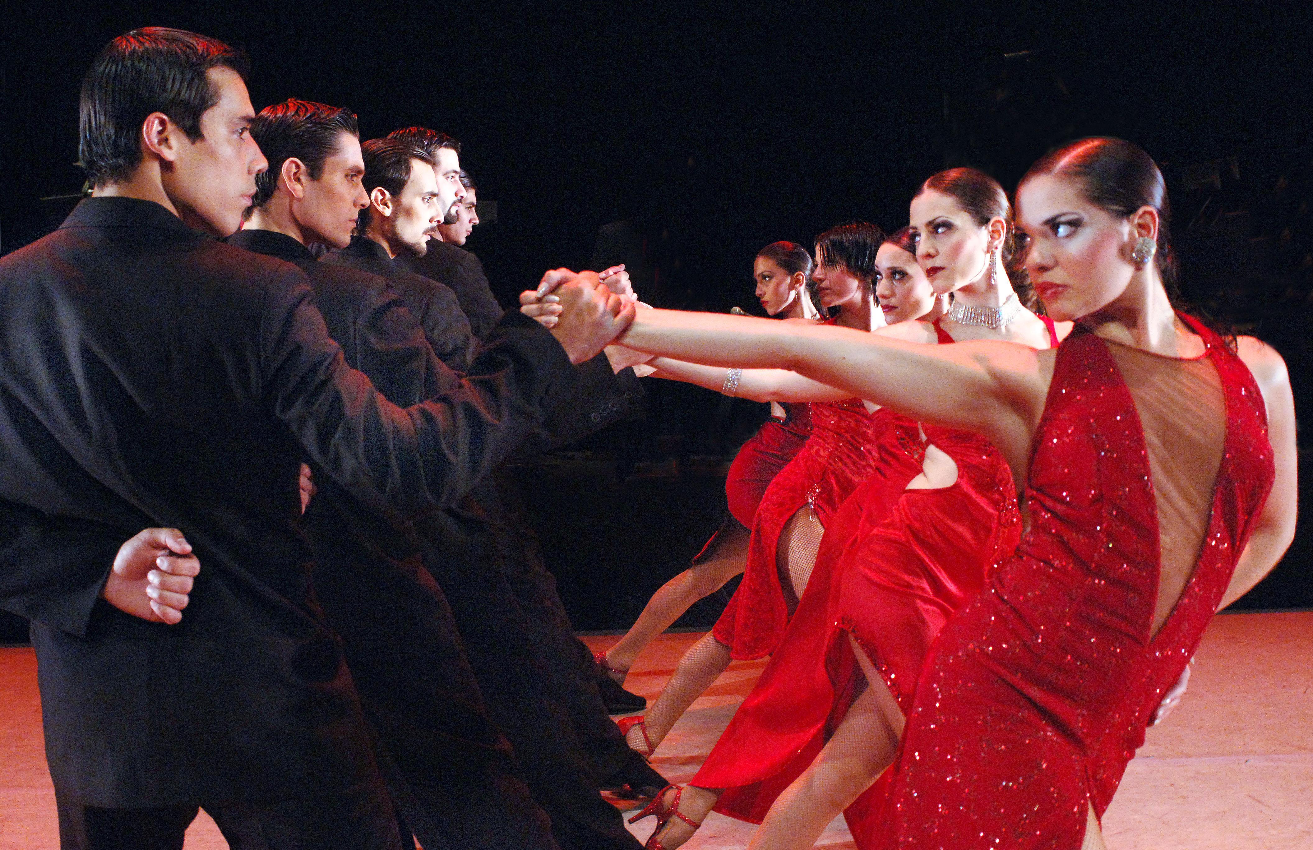 tango-fire-dancers