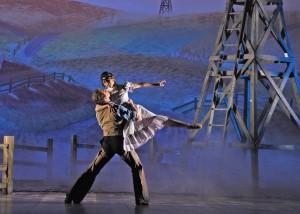 19. Stephen Hanna, Jenna McClintock, Oklahoma dream ballet, DBR_8762 c. Dan Rest