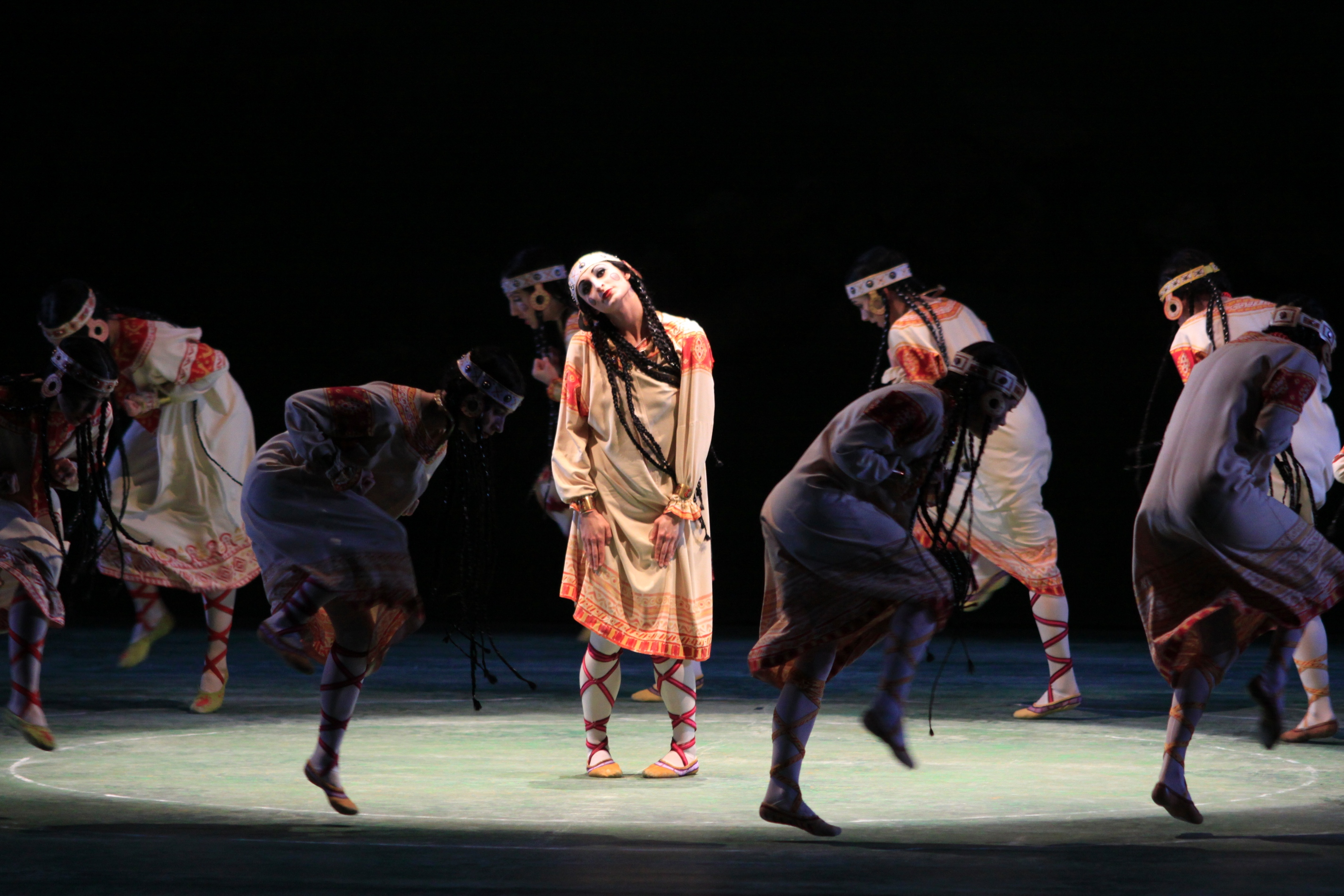 a review of nijinskys ballet rite of spring The mariinsky ballet in nijinsky's the rite of spring and the mariinsky ballet/sasha waltz & guests in sasha waltz's sacre on 29, 30.