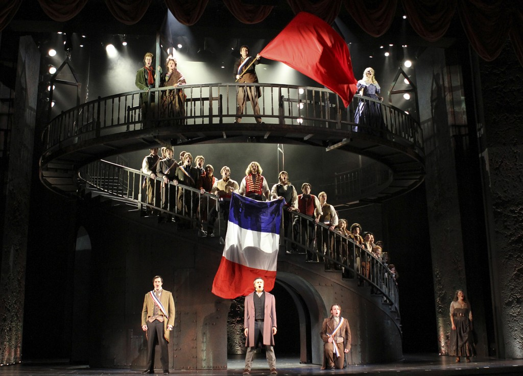 Review Les Mis 233 Rables Paramount Theatre Newcity Stage